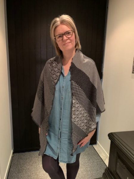 tykt merino uld sjal i grå farver