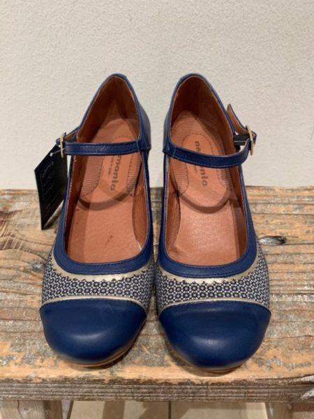 blå sko i kalveskind