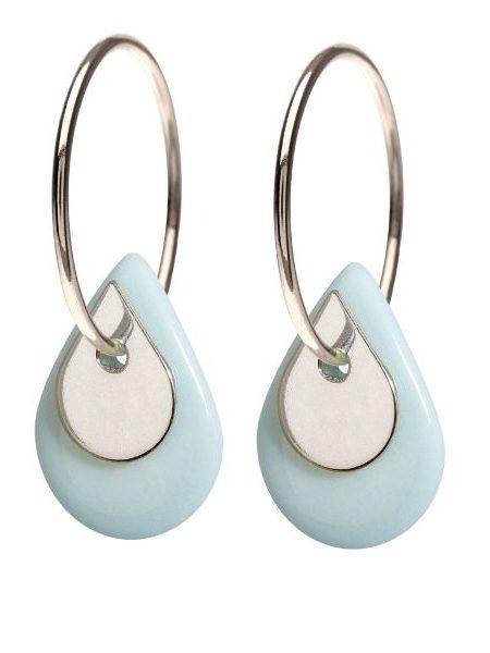 Sterling sølv øreringe fra Scherning med porcelænssmykke i lys blå