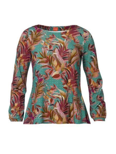 A formet bluse med lange ærmer og skønne farver