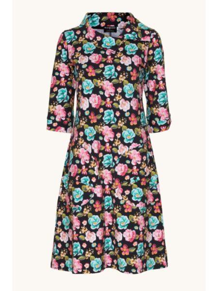 Sort blomstret kjole fra Margot