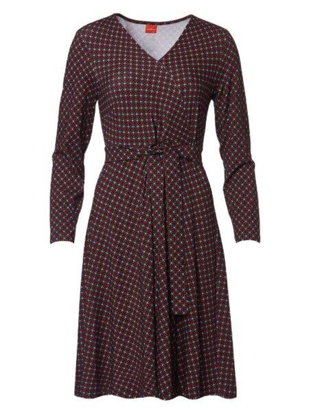 rødbrun kjole med slå om effekt og swing i skørtet