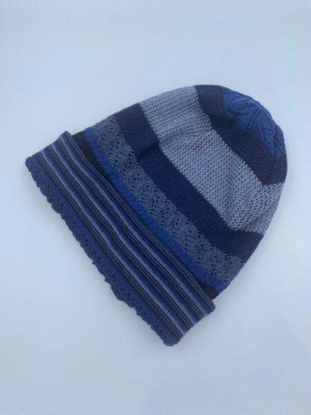 Hue i merino uld i blå farver