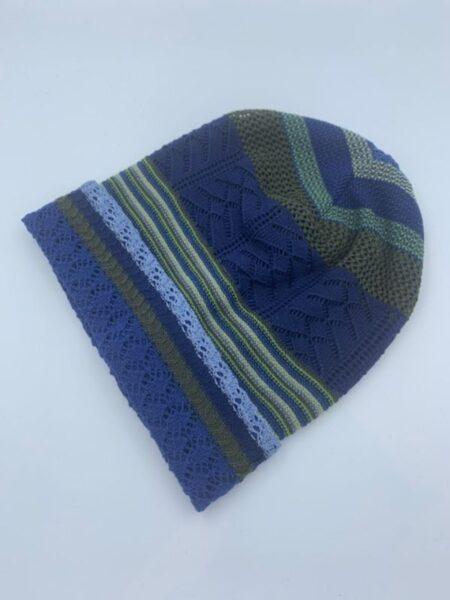 Hue i merino uld i blå/grønne farver