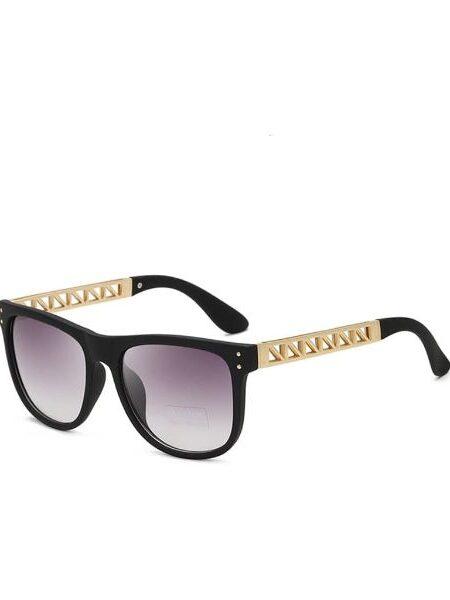 Solbriller med sort stel